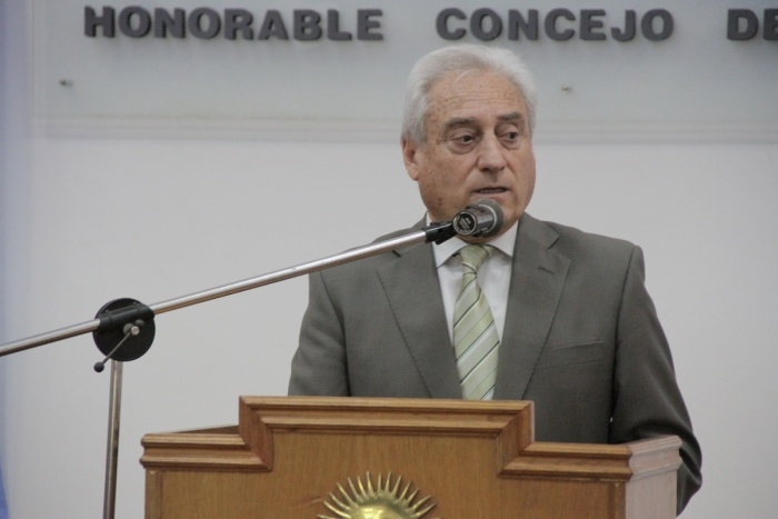 Intendente Cdor. Enrique Cattáneo